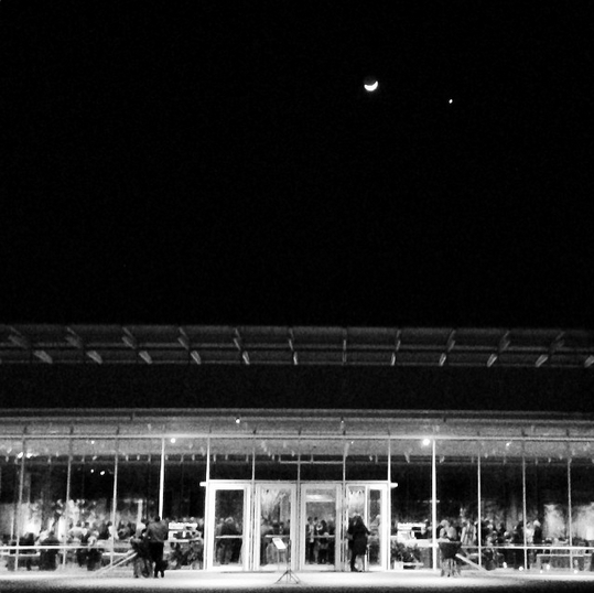 Convocation reception at the Kimbell Art Museum's Renzo Piano Pavilion. Photo by Anna-Sophia Zingarelli-Sweet.